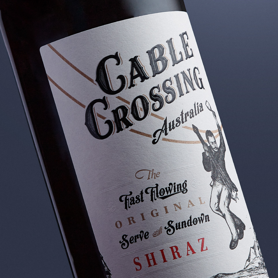 Cable Crossing Shiraz Thumbnail - Amberley Labels